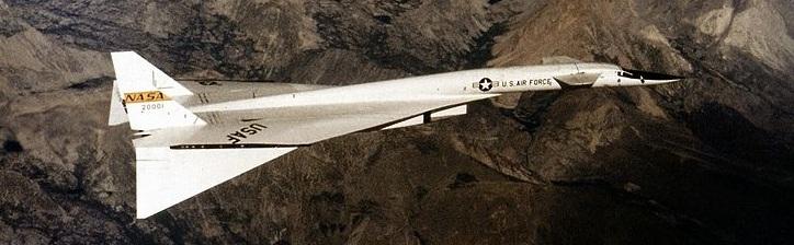 XB-70 in flight